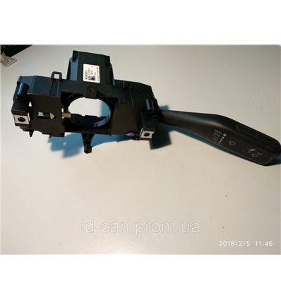 Подрулевой переключатель Skoda Rapid 34D953501K правый